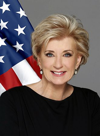 Linda_McMahon_official_photo